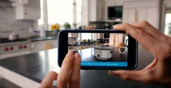 8 Best Augmented Reality Apps for Android and iOS