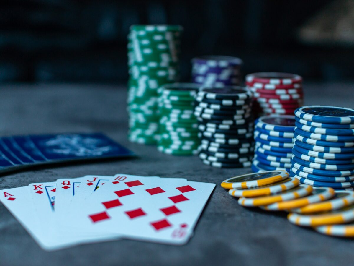 Best Poker App To Play With Friends & Strangers - Appamatix - All About Apps